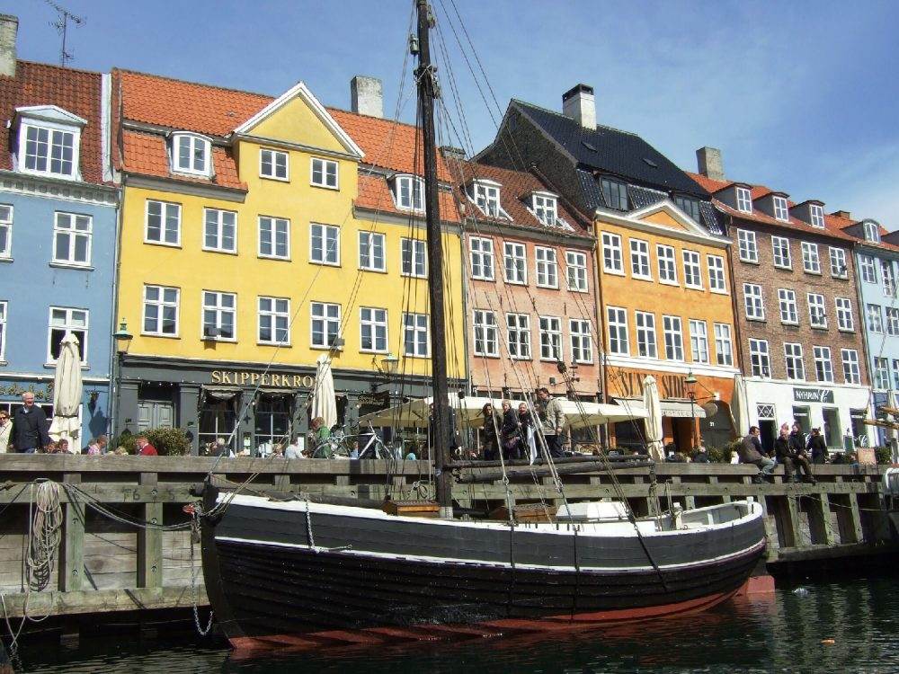 Denmark-Nyhavn-Cop1_GF-1