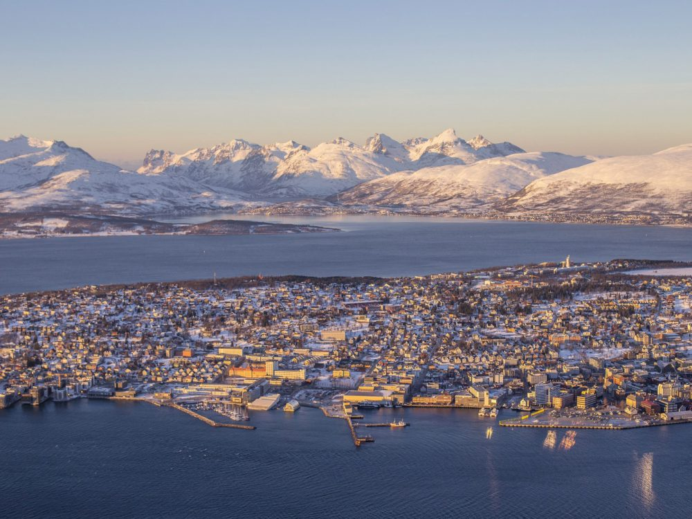 norway-norvege-winter-time-in-tromso